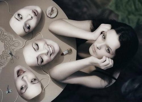 Las máscaras después de la limpieza de cutis ultrasonora